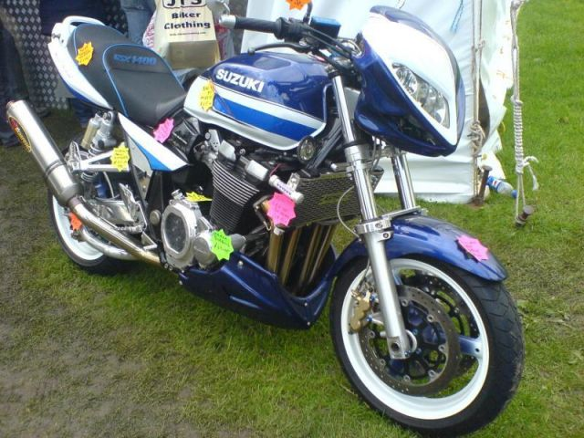 Tricked out GSX1400