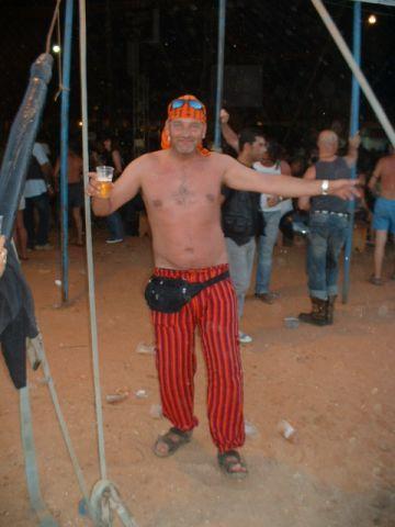 usefuldibdob in party spirit lol (faro 06)