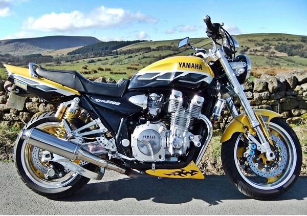 yamaha xjr 1300 sp hereford charity ride 2003 2004. Black Bedroom Furniture Sets. Home Design Ideas